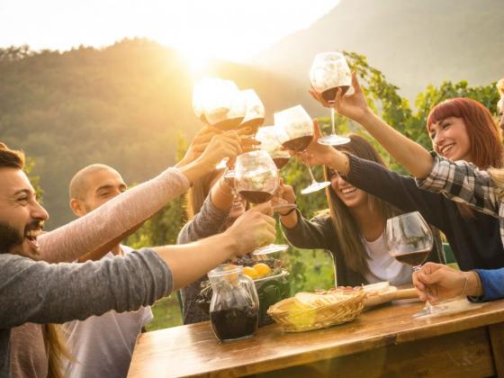 Take a Road Trip Through Ozarks Wine Country